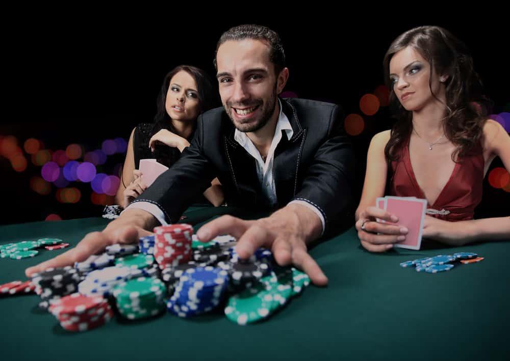 Pokerspiller vinder det hele