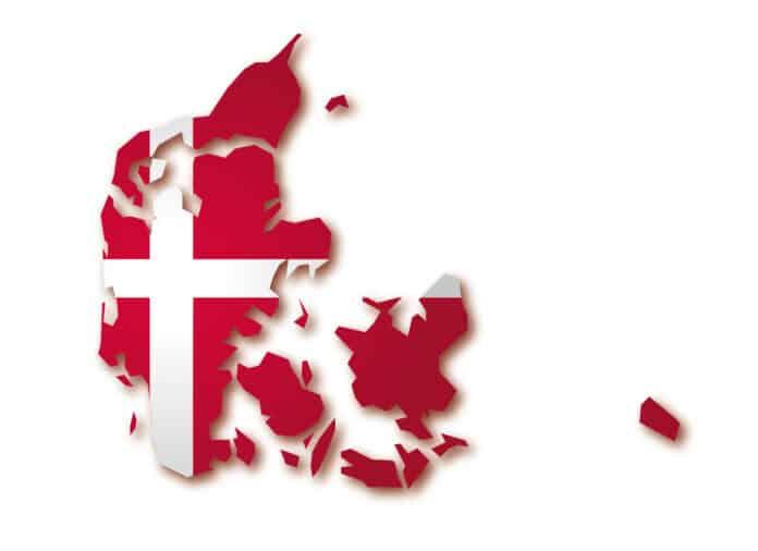 Der er et yndigt land - Danmarks nationalsang. Landkort med flag over Danmark